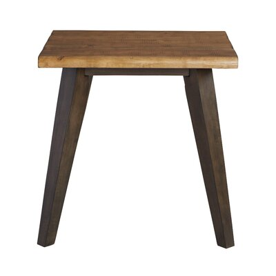 Oliveira End Table