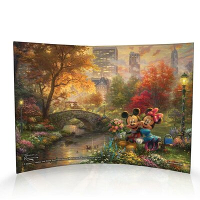 Disney Mickey Mouse and Minnie Mouse in Central Park, New York Decorative Plaque ACP1007CUR307