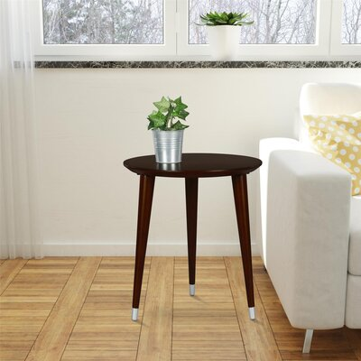 Kennington End Table Color: Espresso