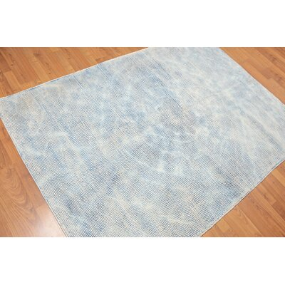 Golden Oaks One-of-a-Kind Contemporary Oriental Hand-Tufted Wool Blue Area Rug