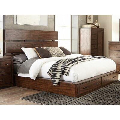 Dilay Storage Platform Bed Size: California King