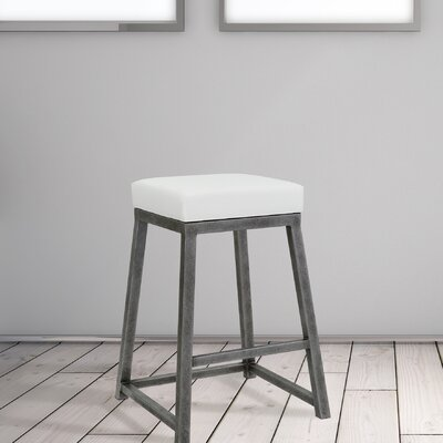 Elem 26 Bar Stool