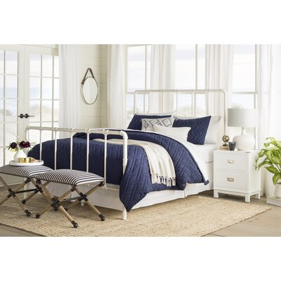South San Francisco Panel Bed Size: Queen, Color: Antique White