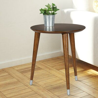 Kennington End Table Color: Walnut