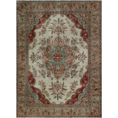 One-of-a-Kind Millikan Distressed Evelyn�Hand-Knotted Wool Ivory Area Rug