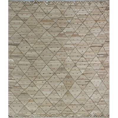 One-of-a-Kind Milliman Kilim Darcey�Hand-Woven Wool Beige Area Rug