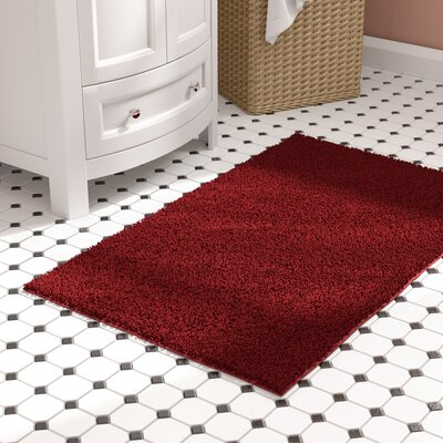 Roanoke Bath Rug Size: 30 x 50, Color: Chili Pepper Red