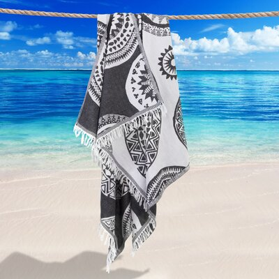 Badillo Pestemal Beach Towel Color: Black