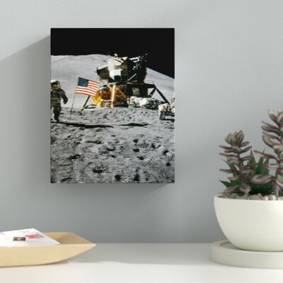'Man on the Moon with the US Flag' Photographic Print on Wrapped Canvas F54AAB984A3B4F339C5F1DB6AAE5E4BE