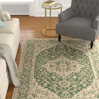 Allie Green/Creme Area Rug