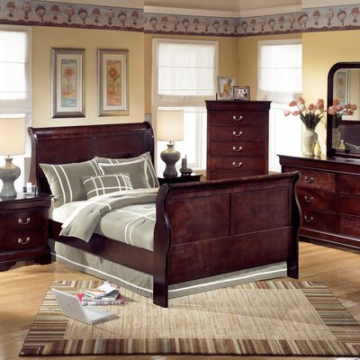Sleigh Queen  on Set In Dark Brown   1028 00   569 99 Features Set Includes Sleigh Bed