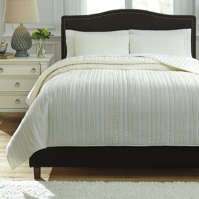 Solsta 3 Piece Coverlet Set Size: Queen, Color: Ivory