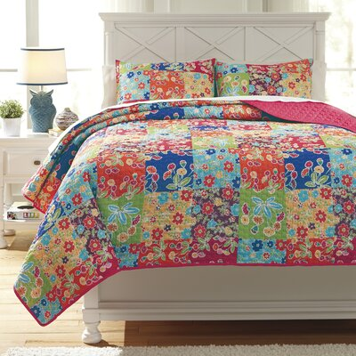 Belle Chase Quilt Set Size: Twin