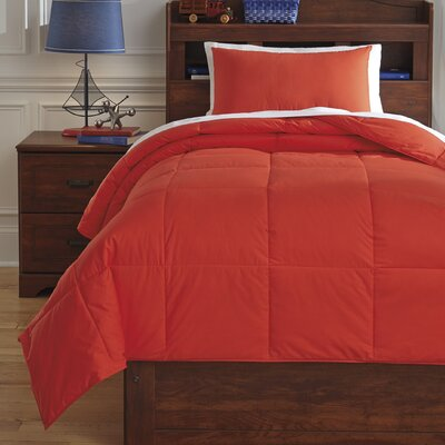 Plainfield Comforter Set Size: Full, Color: Red