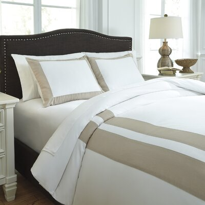 Andor 3 Piece Duvet Cover Set Size: Queen