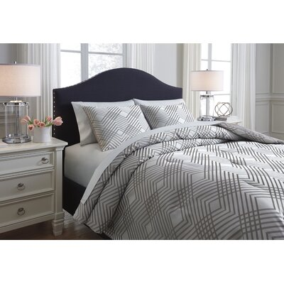 Rema 3 Piece Comforter Set Size: Queen