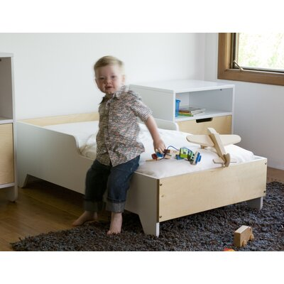 Hiya Toddler Bed Finish: Brich