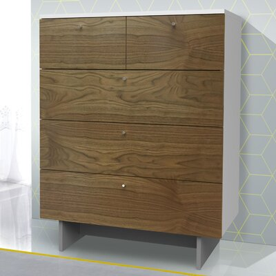 Roh 5 Drawer Dresser Color: Walnut