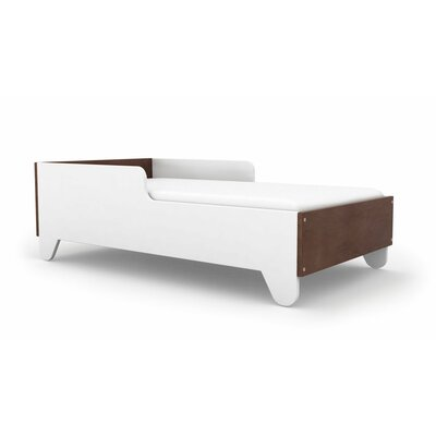 Hiya Toddler Bed Finish: Walnut