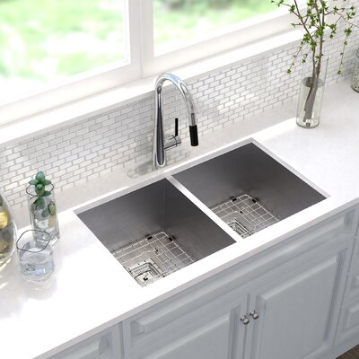 Pax� 31.5 x 18.5 Double Basin Undermount Kitchen Sink
