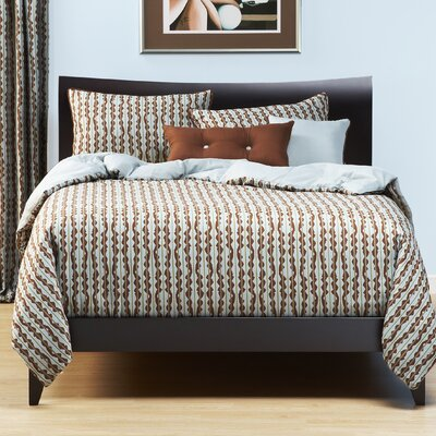 Dancing Stripe Duvet Cover Set Size: Full