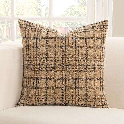 Aranha Throw Pillow Size: 20 H x 20 W x 6 D