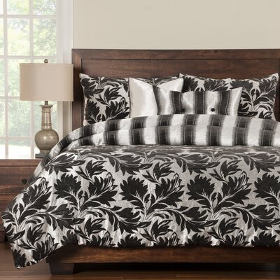 Arenzano Duvet Cover Set Size: California King