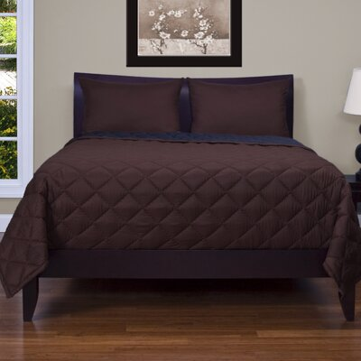 Medallion 3 Piece Reversible Quilt Set Color: Brown / Black, Size: Queen