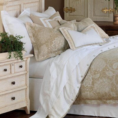 Aileen Comforter Size: Twin, Finish Type: Button-Tufted