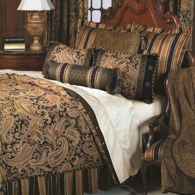 Langdon Comforter Size: Cal King, Finish Type: Hand-Tacked