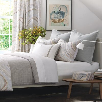 Blake Comforter Size: King, Finish Type: Button-Tufted