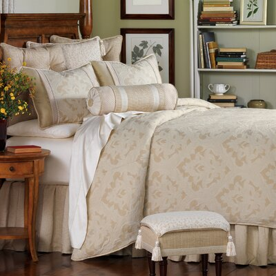 Brookfield Reversible Duvet Cover Set Size: King