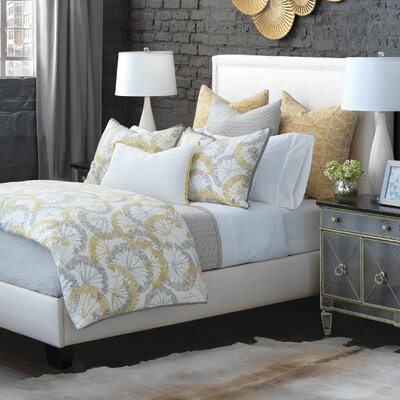 Linden Hand-Tacked Comforter Size: King