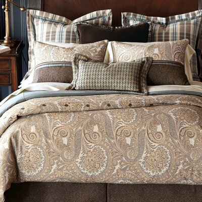 Powell Polyester Comforter Size: Super Queen, Finish Type: Button-Tufted
