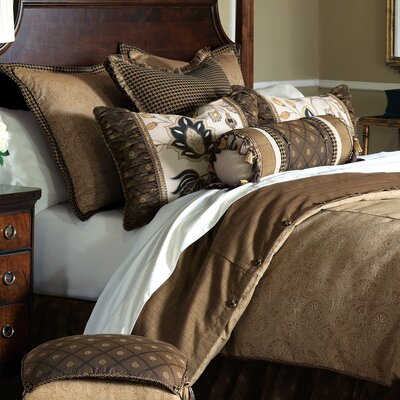 Aston Polyester Leinster Comforter Size: Full, Finish Type: Hand-Tacked