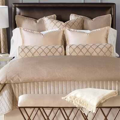 Bardot Comforter Size: King, Finish Type: Button-Tufted