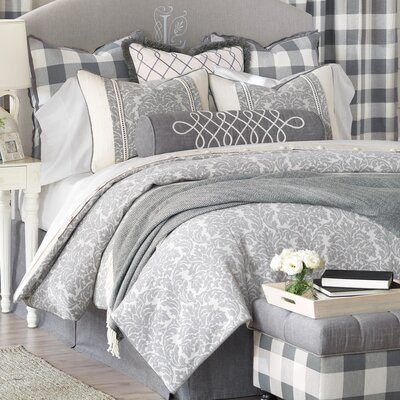 Hampshire Comforter Size: Queen, Finish Type: Button-Tufted