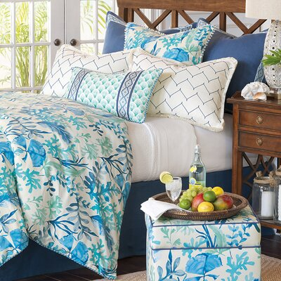 Olympia Azure Duvet Cover Size: Super Queen