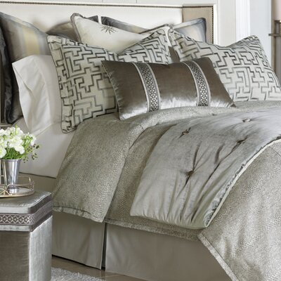 Ezra Smoke Comforter Size: Super Queen, Finish Type: Hand-Tacked