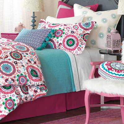 Epic Preppy Comforter Size: Queen, Finish Type: Button-Tufted