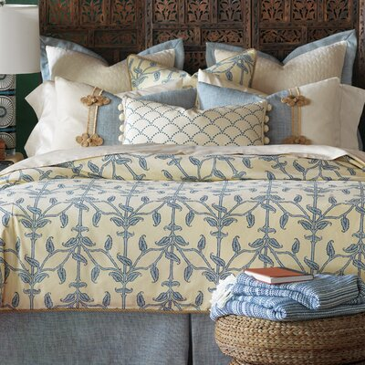 Badu Beanstalk Comforter Size: California King, Finish Type: Hand-Tacked