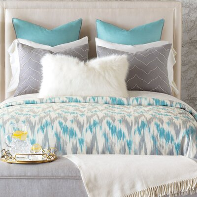Eloise Comforter Size: Full, Finish Type: Hand-Tacked