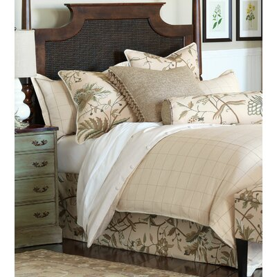 Franklin Comforter Size: King, Finish Type: Hand-Tacked
