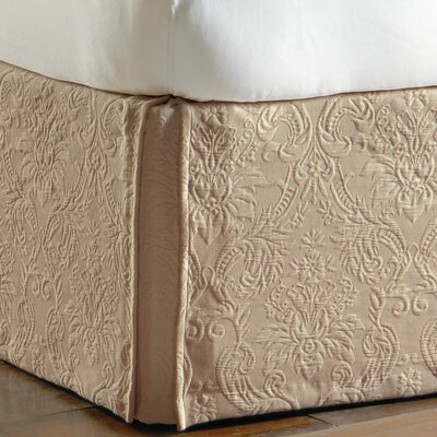 Sandrine Matelasse Cotton Bed Skirt Size: Queen, Color: Maple