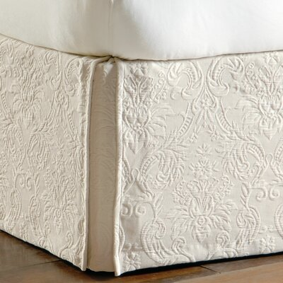 Sandrine Matelasse Cotton Bed Skirt Size: Queen, Color: Ecru