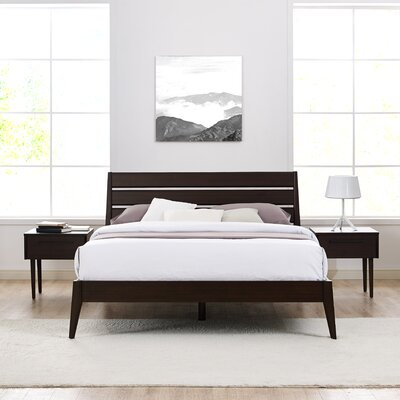 Sienna Platform Bed Size: King, Color: Mocha