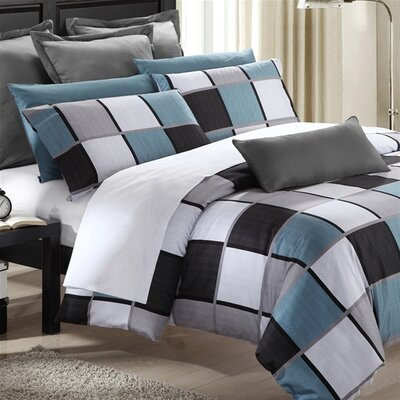Coastal Squares Duvet Cover Set Size: Queen