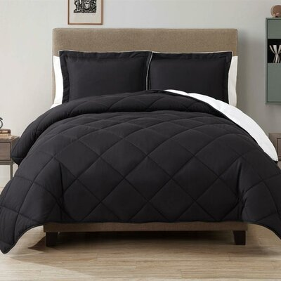 Caribbean Joe Comforter Set Size: Full / Queen, Color: Black