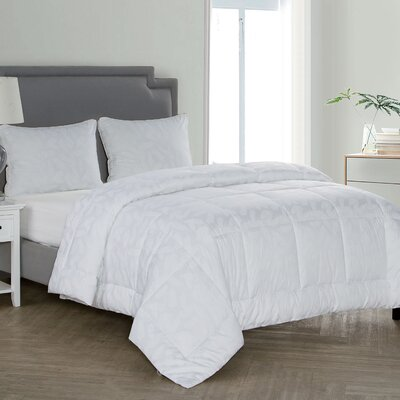 Palm Leaf Down Alternative Comforter Size: King