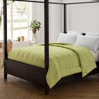 Pineapple Comforter Color: Celery Green, Size: Twin XL